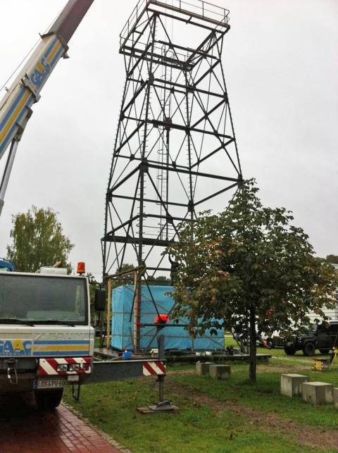 """""""Gläserner"""" Container auf dem Campus der TH Wildau demonstriert Einsatz der Brennstoffzellentechnologie bei der Brandenburger Polizei"""