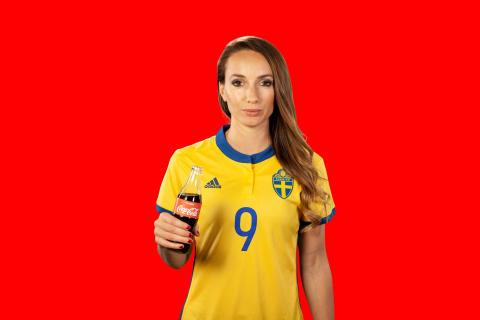 Coca-Cola inleder samarbete med Kosovare Asllani