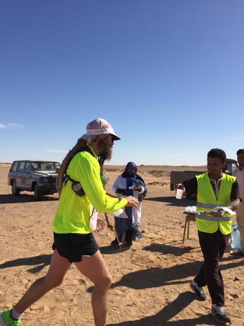 Två svenskar på prispallen efter Sahara Marathon