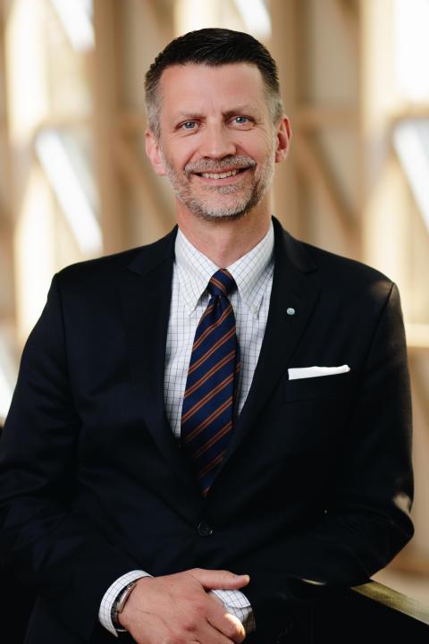 Urban Englund, tandläkare och styrelseordförande, Praktikertjänst.