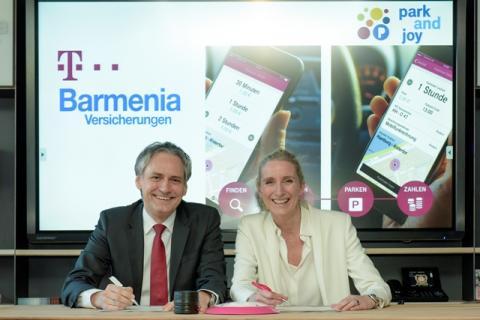 Zusammenarbeit für das beste Parkerlebnis: Barmenia und Deutsche Telekom unterzeichnen Absichtserklärung