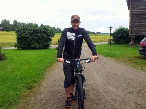Elitcyklister och kändisar tävlar tillsammans i CykelVasasprinten