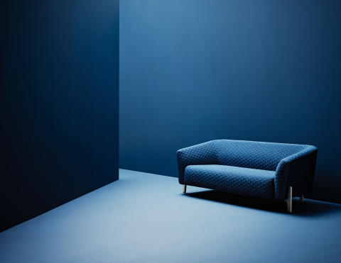 Sofa and easy chair for urban spaces