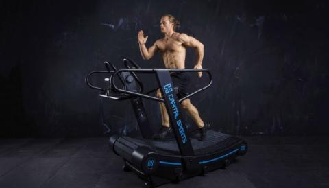 Sei der Motor! Training ohne Tempolimit mit dem CAPITAL SPORTS Runatic Curved Laufband