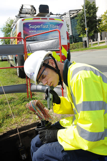 Boost for Staffordshire homes and businesses as Superfast Staffordshire celebrates another major milestone with 300 fibre cabinets now live across the county