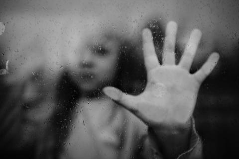 Roks presenterar film och rapport om konsekvenserna av incest och andra sexuella övergrepp