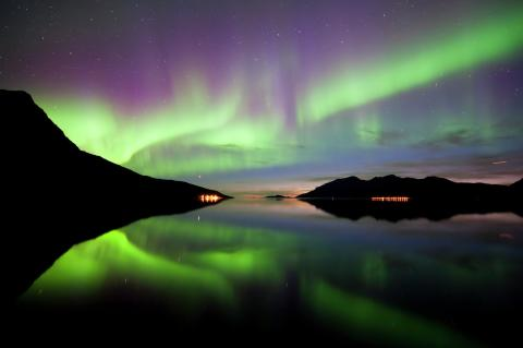 Experience the Northern Lights with Norwegian
