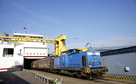 Eisenbahnentladung der MF Mecklenburg-Vorpommern in Rostock