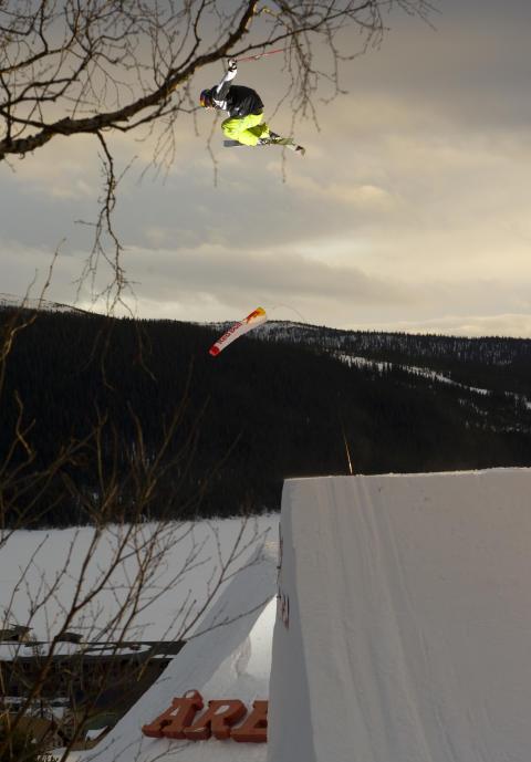 Enorma hopp & gala i Åre