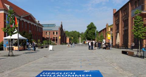 """4 Tage """"StadtLesen"""" auf dem Ludwig-Witthöft-Platz"""