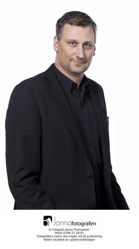 Daniel Dronjak (M), kommunstyrelsens ordförande i Huddinge