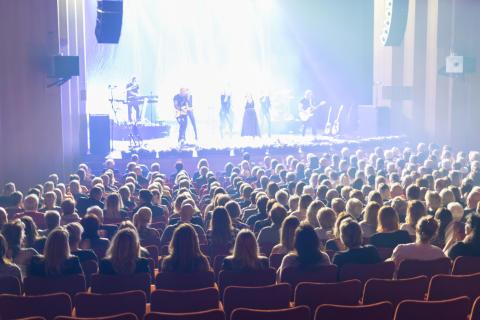 Topphöst på jubilerande Halmstads Teater