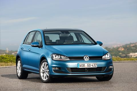 Volkswagen Passenger Cars brand delivers 2.91 million vehicles in period to June / +4.4 per cent