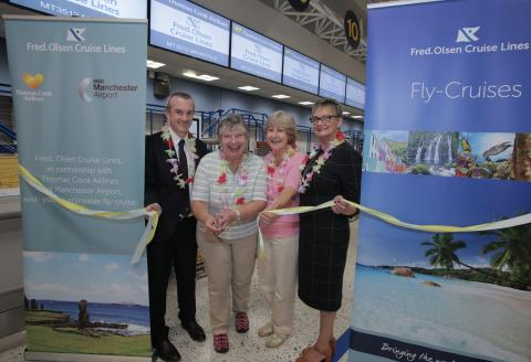 Jet, set, go…Fred. Olsen Cruise Lines celebrates inaugural Manchester to Mauritius flight, in partnership with Thomas Cook Airlines