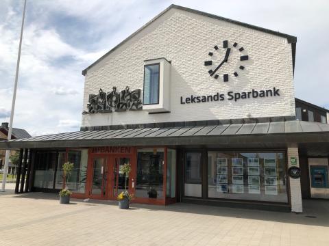Lokala sparbanker fortsatt stabila