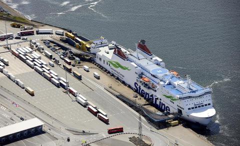 FS Mecklenburg-Vorpommern im Rostocker Hafen