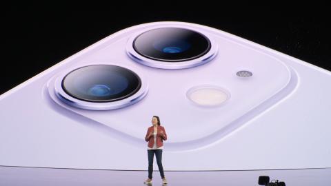 Ny (billigere) iPhone overrasker anmelderne