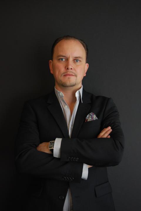 Pressbild Magnus Saari, Marknadschef CENTRO kakel och klinker AB