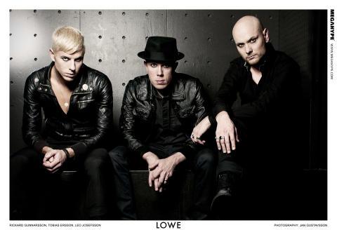 Svenska LOWE första utländska band att spela live på Times Square, New York