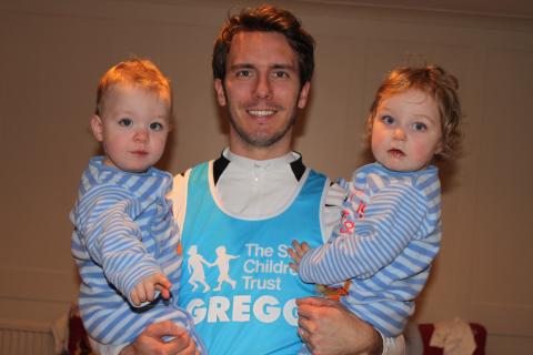 Dad prepares for London Marathon to thank charity for giving him a 'Home from Home'