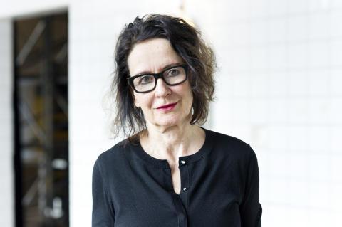 Artistic Director Stefanie Carp