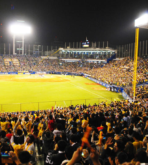 Out of the Lab: No More Disappearing Balls in Baseball Night Games
