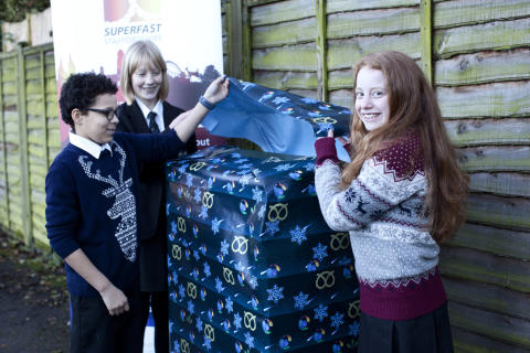 Artistic Shropshire pupil with designs on faster broadband is honoured by connecting Shropshire