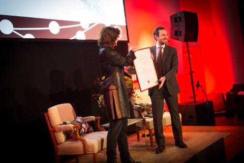 Mattia Bianchi received the Corporate Partnership Program's Research Award for 2015