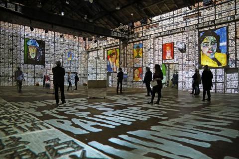 "Blick in die Videoinstallation ""Hundertwasser Experience"" 3"
