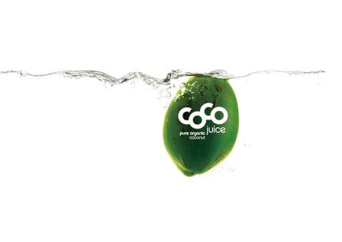 Alma overtar agenturet på Dr. Antonio Martins kokosvann