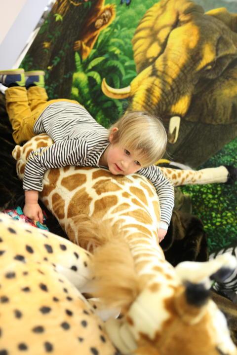 Baby & Barn 2014: Full fart bland djungeldjuren