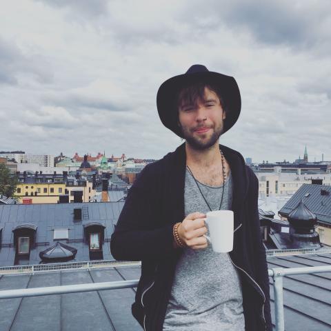 Björn Lycklig - Pressbild