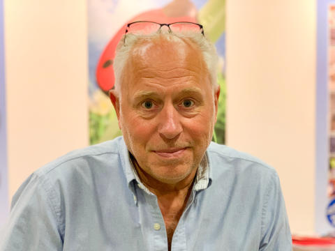 Leif Dumke, Universalis