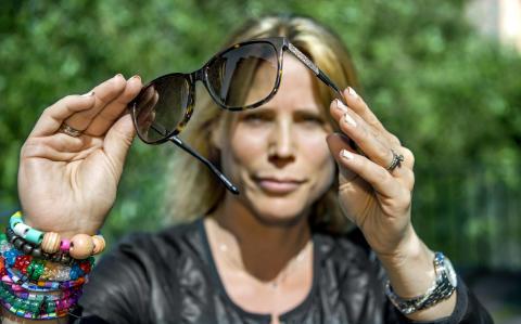 Solbrillorna skyddar mer än bara ögat