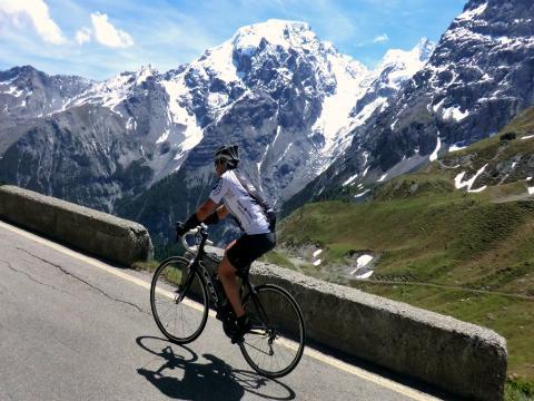 Mit dem Rennrad auf das Stilfser Joch (2.758 m)
