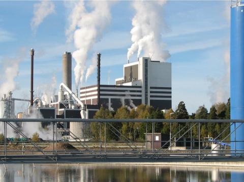 Vattenburna färgsystem lika bra som lösningsmedelsburna i korrosiva miljöer
