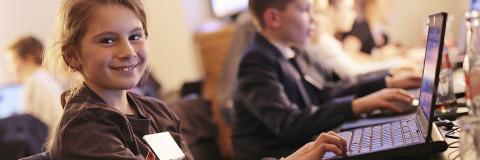 Hurra! Nyt digitalt fag i folkeskolen bliver til virkelighed