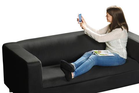 Emma styr smart hem från mobilen