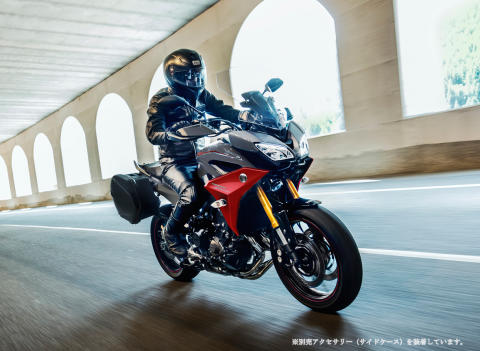 「TRACER900/GT」のカラーリングを変更 走りへの情熱を表現した新色を採用