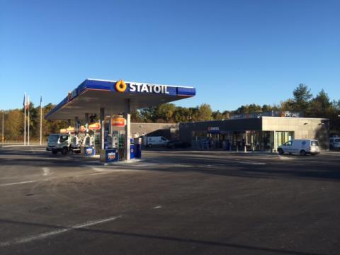 Idag inviger Statoil sin nya fullservicestation i Skärholmen