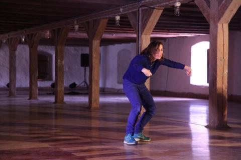 SUNDAY CIRCLES #5 Stina Nyberg och Zoë Poluch på Köttinspektionen Dans