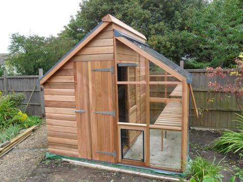 bod och växthus - allt i ett