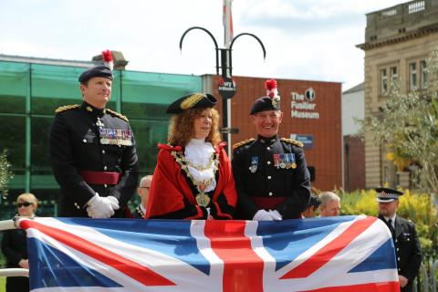 ​Mayor joins Bury tribute on Gallipoli parade