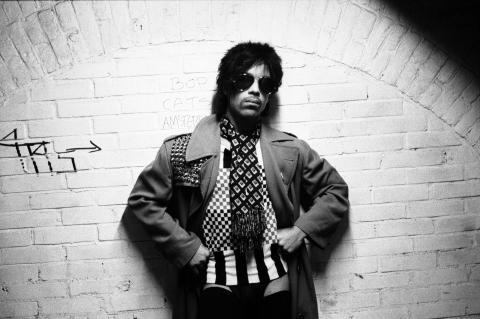 Prince (c) Warner Bros. Records