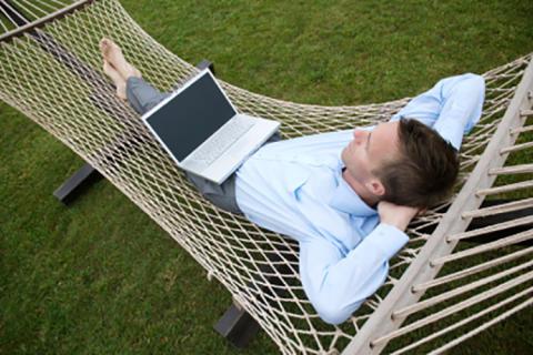 Två av tre småföretagare vill ha längre sommarsemester