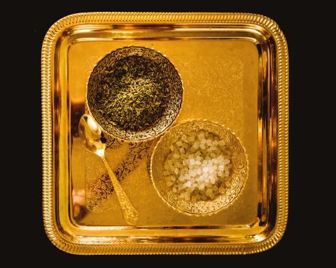 Måste vi alltid guldplätera EU-beslut?