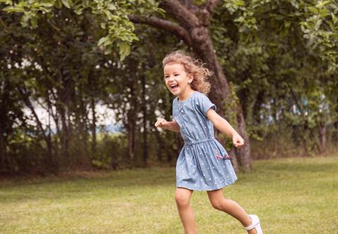 Mädchenkleider: Perfekt für Sommertage