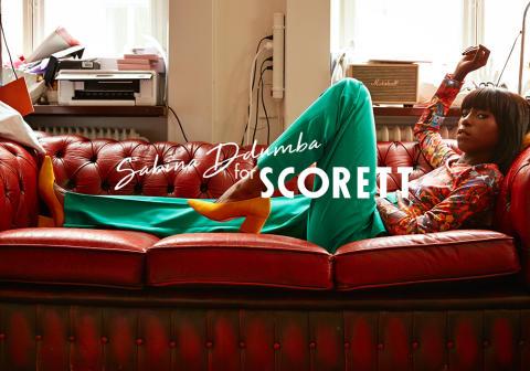 Sabina Ddumba frontar Scoretts höstkollektion i ett exklusivt samarbete