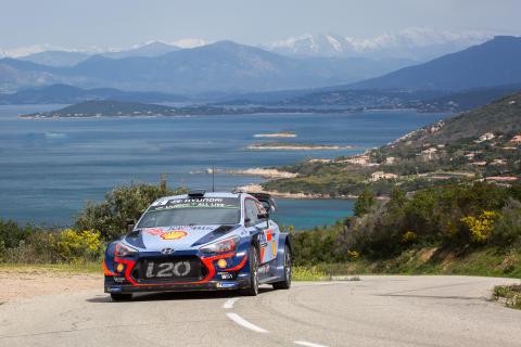 Hyundai Motorsport på pallen i Tour de Corse