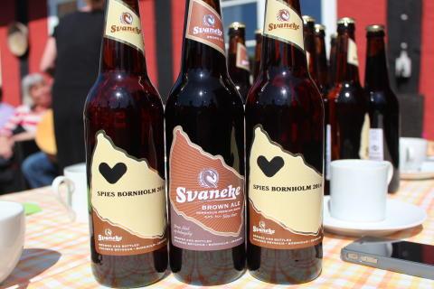 Også i 2015 kan bornholmerne forhåbentlig skåle i den lokale øl for at fejre et nyt og solrigt rejsemål fra klippeøen.